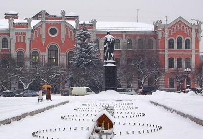Площадь Героев Небесной сотни - фото 2