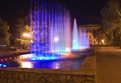 Площадь Героев Небесной сотни - фото 1