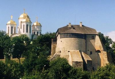 Острожский замок - место для фотосессии в Ровненской области - портфолио 6