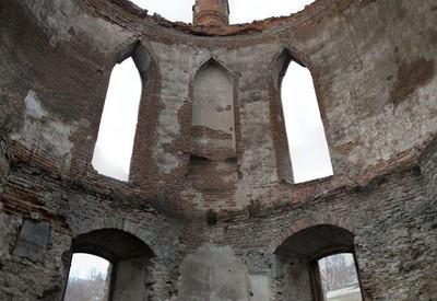 Новомалинский замок - место для фотосессии в Ровненской области - портфолио 2