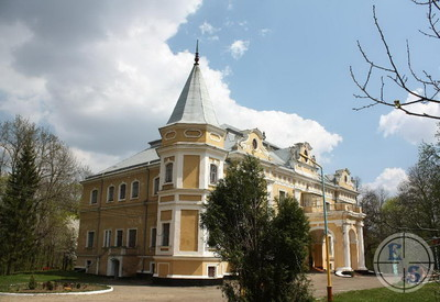 Дворец графов Собанских - фото 1
