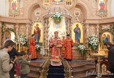 Храм Покрова в Гатном - место для фотосессии в Киевской области - портфолио 6