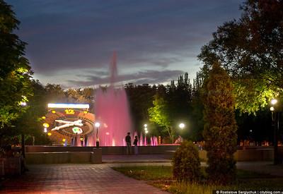 Ночной парк Героев - фото 3