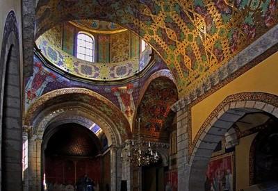 Мистический армянский храм - фото 2