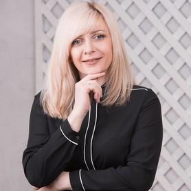 Анна Прилучная