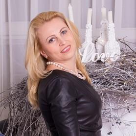 Леся Головаченко