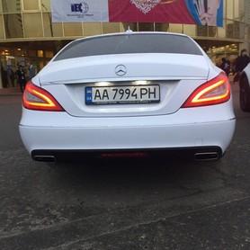 Mercedes CLS 6,3 AMG white - авто на свадьбу в Киеве - портфолио 4