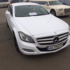 Mercedes CLS 6,3 AMG white - авто на свадьбу в Киеве - портфолио 2