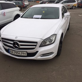 Mercedes CLS 6,3 AMG white - авто на свадьбу в Киеве - портфолио 3