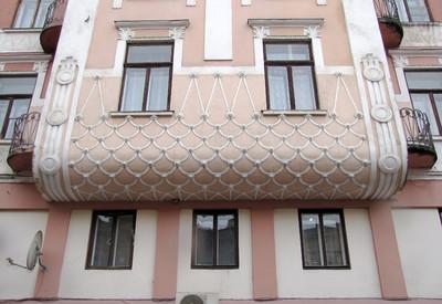 Площадь Филармонии - место для фотосессии в Черновцах - портфолио 6