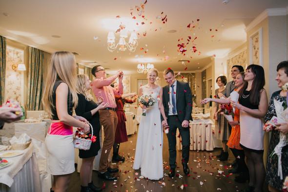 Тёплая ноябрьская свадьба - фото №31