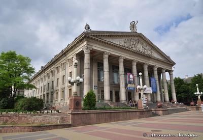 Театральная площадь - фото 3