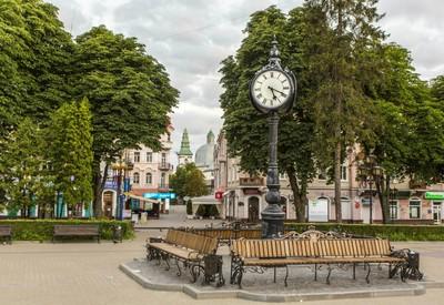 Бульвар Шевченко - место для фотосессии в Тернополе - портфолио 2