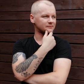 Артем Резниченко