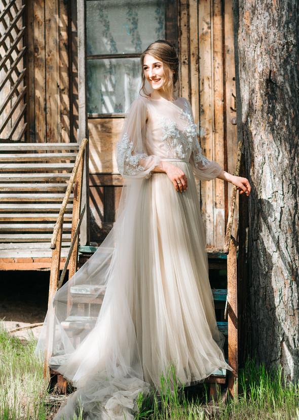 Нежная рустик-свадьба в лесу - фото №97