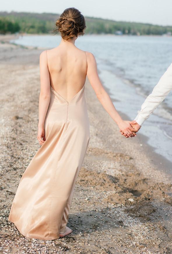 Нежная рустик-свадьба в лесу - фото №145