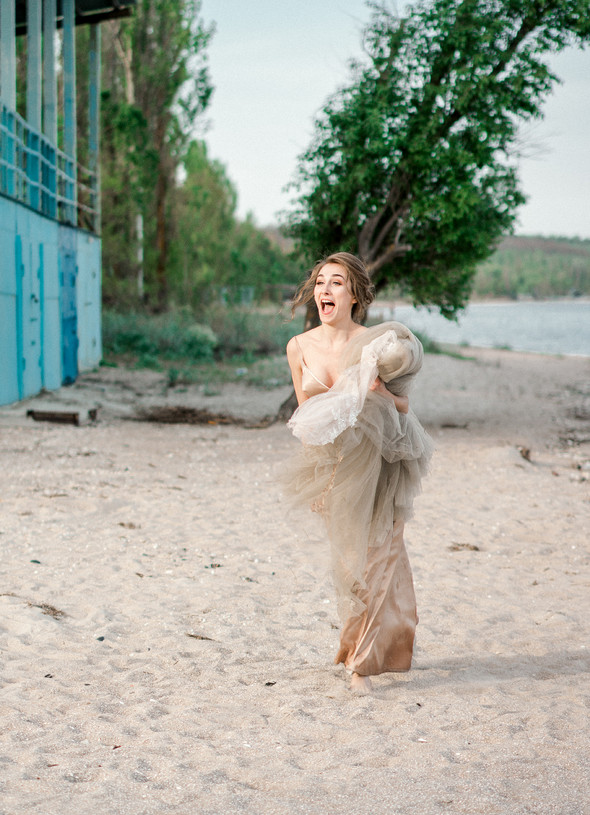Нежная рустик-свадьба в лесу - фото №150