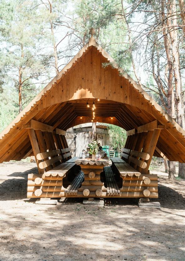 Нежная рустик-свадьба в лесу - фото №36