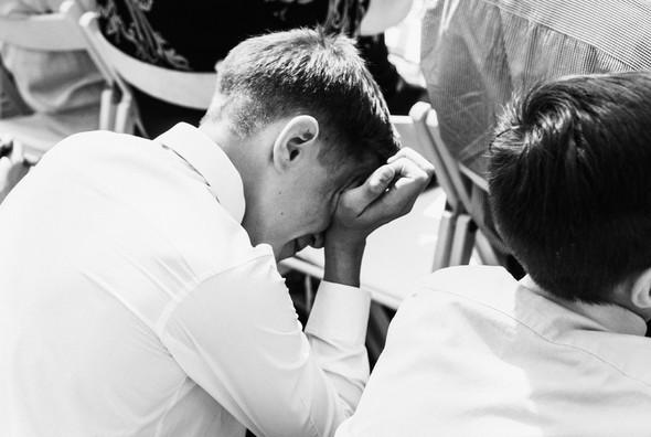 Нежная рустик-свадьба в лесу - фото №42