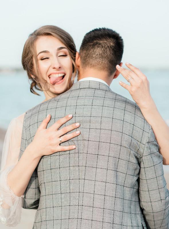 Нежная рустик-свадьба в лесу - фото №136