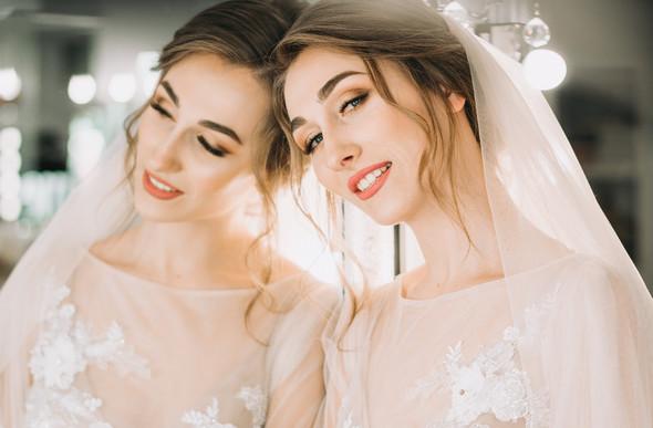 Нежная рустик-свадьба в лесу - фото №28