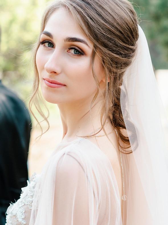 Нежная рустик-свадьба в лесу - фото №105