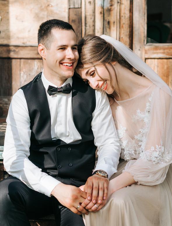 Нежная рустик-свадьба в лесу - фото №98