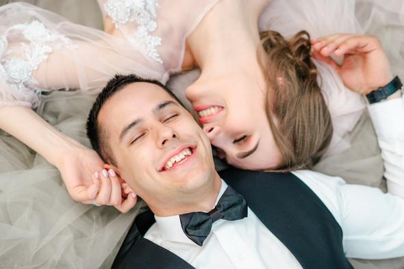 Нежная рустик-свадьба в лесу - фото №117