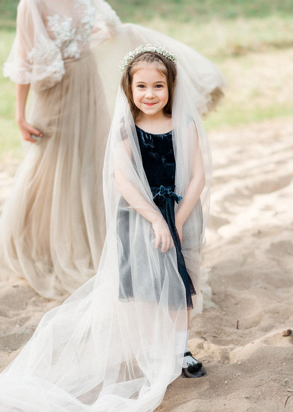 Нежная рустик-свадьба в лесу - фото №123