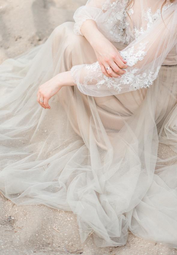 Нежная рустик-свадьба в лесу - фото №113