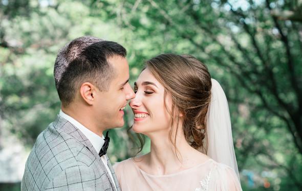 Нежная рустик-свадьба в лесу - фото №90