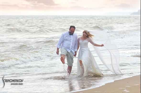 Свадебные фото на море в Одессе, фото в Оперном театре и на маковом поле - фото №68