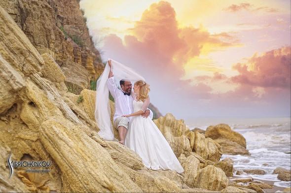 Свадебные фото на море в Одессе, фото в Оперном театре и на маковом поле - фото №57