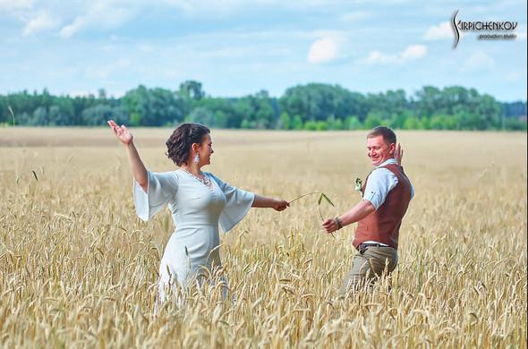 Свадебные фото в Сухолучье, Киевское море и сьемка в поле  - фото №22