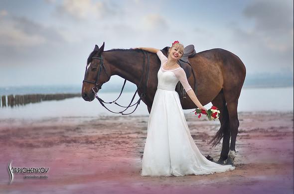 Свадебные фото на море в Одессе, фото в Оперном театре и на маковом поле - фото №32