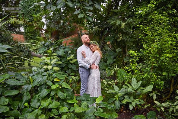Свадебные фото в Оранжерее в Киеве, студийная сьемка в фотостудии Счастье - фото №6