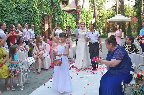 Свадебные фото в каньоне Буки и выездная церемония в ресторане Фортеця - фото №76
