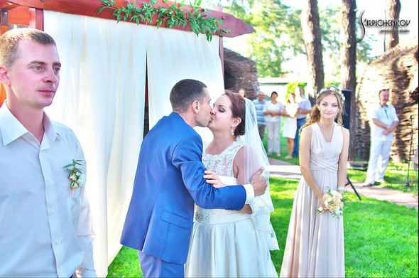 Свадебные фото на Мануфактуре и выездная церемония в ресторане Kidev - фото №72