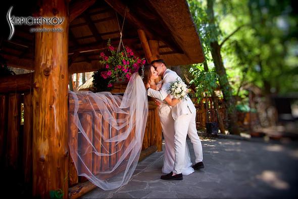 Свадебные фото на территории Соби Клаб, выездная церемония - фото №26