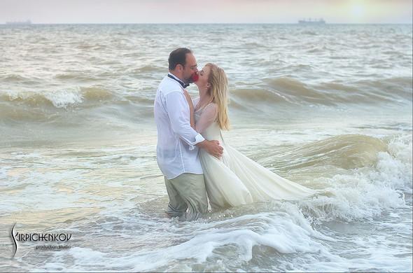 Свадебные фото на море в Одессе, фото в Оперном театре и на маковом поле - фото №73