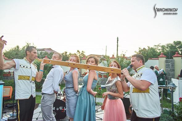 Свадьба на природе возле частного дома с выездной церемонией - фото №91