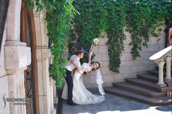 Свадебные фото в каньоне Буки и выездная церемония в ресторане Фортеця - фото №63