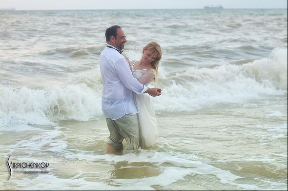 Свадебные фото на море в Одессе, фото в Оперном театре и на маковом поле - фото №74