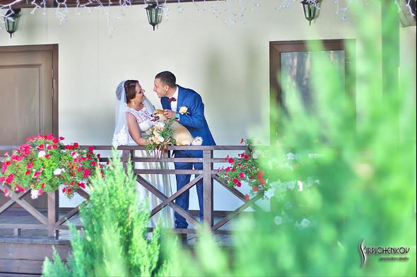 Свадебные фото на Мануфактуре и выездная церемония в ресторане Kidev - фото №27