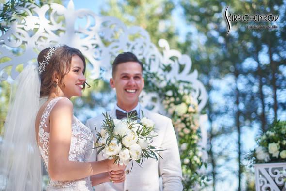 Свадебные фото на территории Соби Клаб, выездная церемония - фото №85