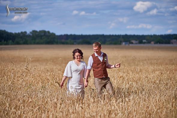 Свадебные фото в Сухолучье, Киевское море и сьемка в поле  - фото №20