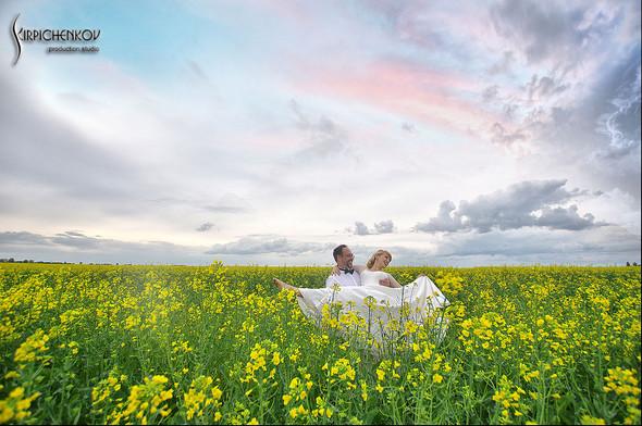 Свадебные фото на море в Одессе, фото в Оперном театре и на маковом поле - фото №22
