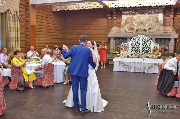 Свадебные фото на Мануфактуре и выездная церемония в ресторане Kidev - фото №94