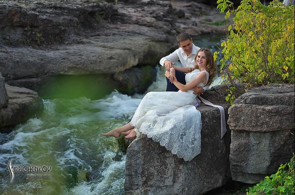 Свадебные фото в каньоне Буки и выездная церемония в ресторане Фортеця - фото №36