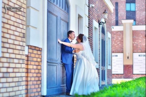 Свадебные фото на Мануфактуре и выездная церемония в ресторане Kidev - фото №44